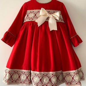 Other - Spanish long sleeve christmas red girl dress Sz 4